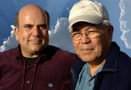 Dr Ihaleakalá hew Len y Joe Vitales coautores del libro Cero Limites